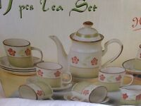 17 Piece Tea Set