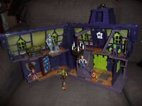 SCOOBY-DOO MYSTERY MANSION PLAY SET