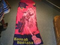HANNA MONTANA SLEEPING BAG. Great for sleep overs/hols or even dog bedding at this price!! REDUCED.