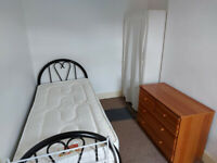 Funished Single Room to rent in a nice Houseshare