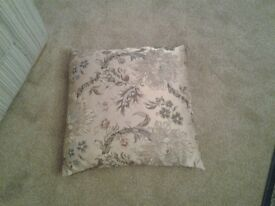 Pair of dunnes new stock cushions