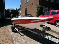 Driver 440 speedboat