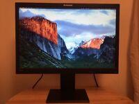 Lenovo Thinkvision 22inch Monitor - L2250p LCD