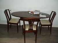 Drop Leaf Dining Table & 4 Chairs.