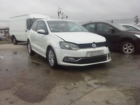 **FOR BREAKING** 2016 Vw Polo 1.0 petrol bluemotion technology.