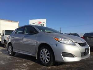 2011 Toyota Matrix **ONE OWNER**