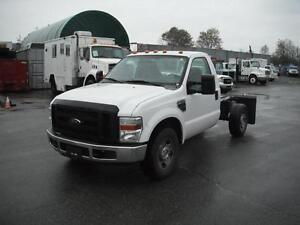 2009 Ford F-350 SD XL Cab & Chassis 2WD