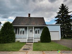 135 000$ - Maison 2 étages à vendre à St-Cesaire