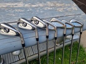 Titleist t300 4-pw golf pride mid grips True temper amt r300 red shafts