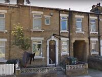 2 bed terraced house to rent - Rochester Street, Bradford BD3