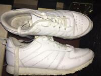 White Trainer Shoes Size 4/5