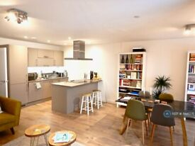 2 bedroom flat in Rotherhithe New Road, London, SE16 (2 bed) (#1144076)