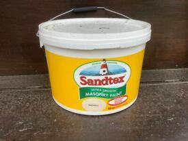 Sandtex exterior masonry paint - 10 litres magnolia