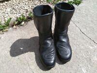 Alpinestars motorcycle boots size8
