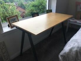 Desk (adjustable height)