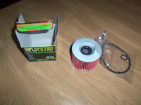 HIFLO HF401 oil filter for motorcycle new in box with the 2 rubber seals