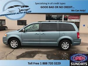 2010 Chrysler Town & Country SWIVEL AND GO SEATING WITH TABLE, H