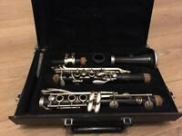 Bb Clarinet with case