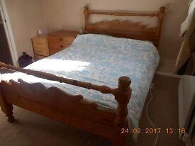 Pine bed, 140cm x 200cm. Strong metal bracket construction.