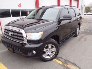 2010 Toyota Sequoia 4X4, 8 Passagers, one owner, Full Garantie