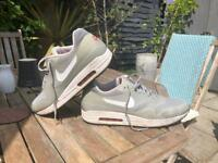 Nike air max hyper fuse reflective - UK size 11