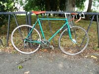 "Classic Vintage Road Racer Bicycle. Fully Serviced & Guaranteed. Large 22"" Lightweight Frame."