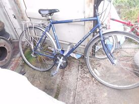 "Raleigh Gents Hybrid bike bicycle to suit height 5' 9"" - 6' 3. 18 speed"