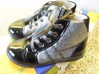 Girls Boots by RICOSTA Size EU 25 ( UK 7.5) NEW