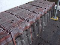 *FREE* APPROX 850 DOUBLE ROMAN ROOF TILES, USED WEATHERED, GOOD CONDITION