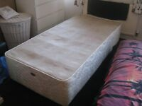 Sealy Single Divan Base - IMMACULATE!!