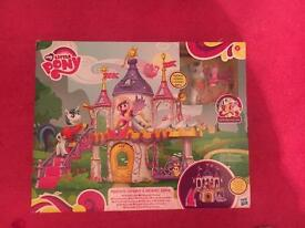 My little pony wedding castle