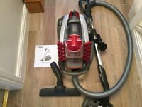 Excellent condition vacuum , 3 brushes, 5 suction levels, hardly used