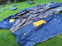 Peakland 3 part Tent - no tent poles but approx £15 to buy new