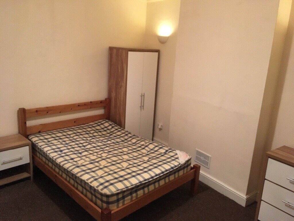 DOUBLE ROOM TO RENT £74PW DE1 1GJ COUNCIL TAX WATER TV INTERNET INCLUDED DERBY ASHBOURNE ROAD £320PM