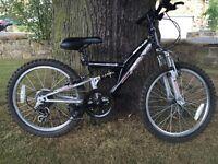 """Boys 20"""" Apollo mountain bike"""