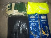 ASSORTMENT OF SAFETY CLOTHES - GLOVES - WATERPROOF TROUSERS - BOILERSUIT AND BLACK RUBBER GLOVES