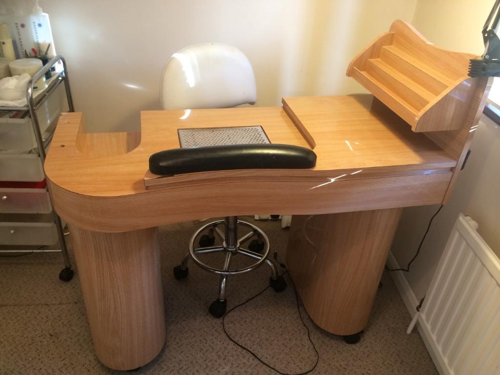 Nail technician manicure table solid wooden with for Manicure table with extractor fan