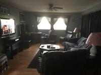 Oxbow room for rent. Share with owner