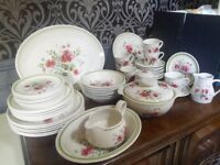 Royal Albert Rougefield dinner & tea service 49 pieces