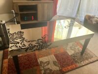 Lovely glass Lawrence Llewelyn Bowen coffee table and x2 side tables