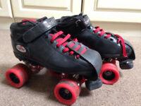 Reidell Roller Derby Skates, Pads, Helmet & Books- great value for all