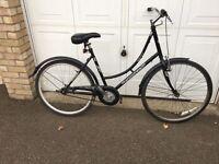 Ladies Ammaco city bike