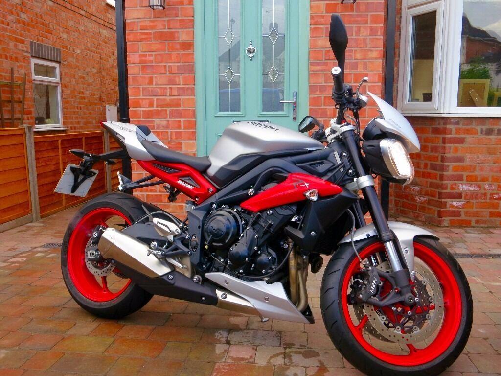 Triumph Street Triple Rx 675cc Only 580 Miles Mint Bargain
