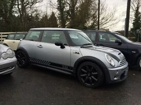 Mini Cooper S, 2 previous Owners, full service history WITH WARRANTY