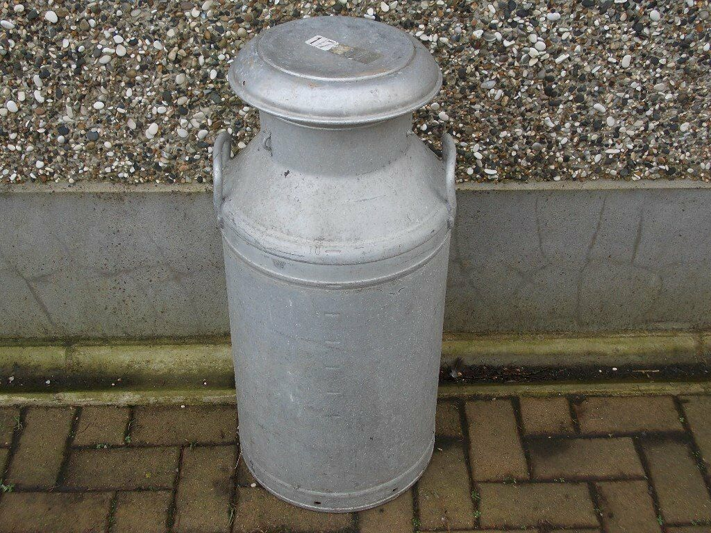 VINTAGE ALUMINIUM MILK CREAMERY CAN WITH LID