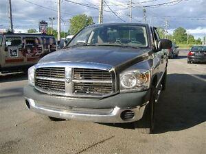 2008 Dodge Ram 1500 ST/SXT  4 PORTES