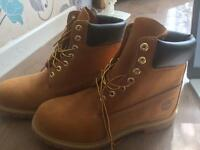 Timberland waterproof 9.5 worn once