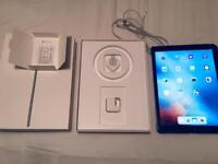 Apple iPad Pro 32gb WiFi - Mint Condition