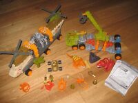 Matchbox Mega Rig Dinosaur Hunter and Helicopter Construction Toy