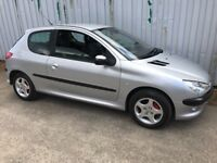 Long MOT, SEMI AUTOMATIC 54 Peugeot 206 1.4 SE with only 66k miles